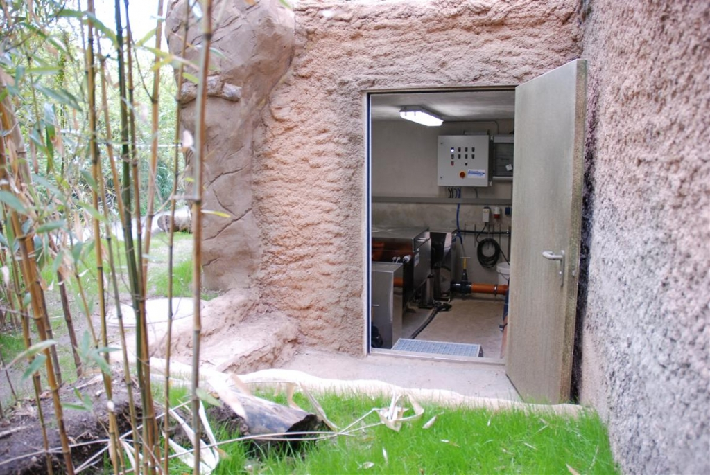 Zoo Duisburg AG - Eingang Filtergebäude